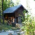 22 Modern Lake Cabin Stone