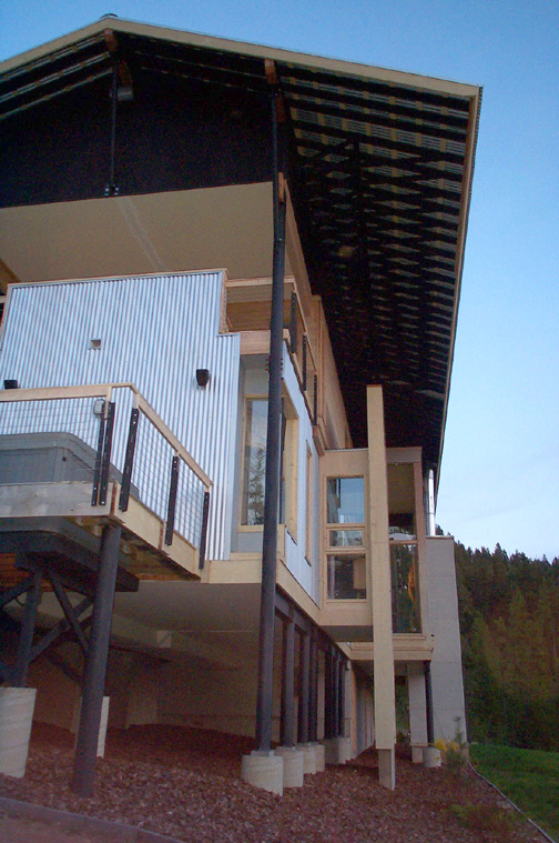 Gold hill straight line building design for Balcony covering nets